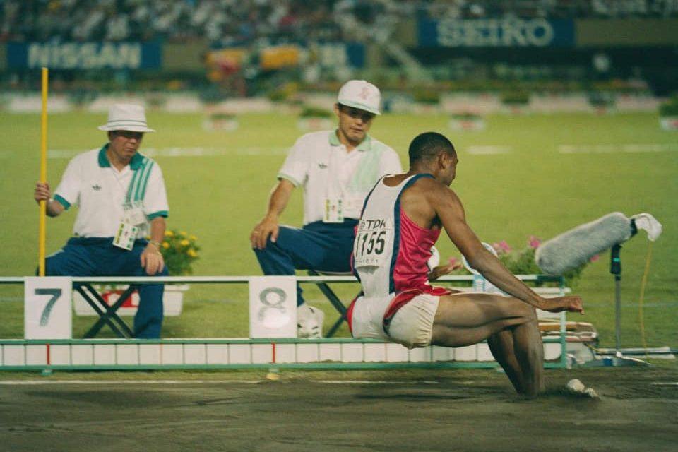 30 anni di record nel salto in lungo, Mike Powell